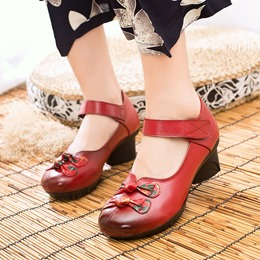 Shoespie Vintage Floral Knot Hook Loop Leather Loafers