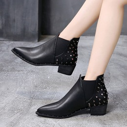 Shoespie Trendy Blackc Rivet Pointed Toe Ankle Boots