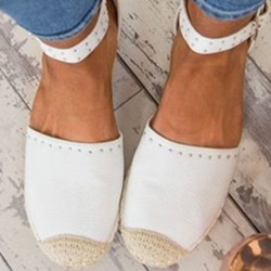 shoespie Trendy Rivet Buckle Round Toe Casual Loafers