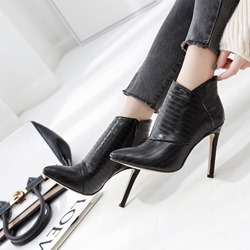 Shoespie BlackTrendy Pointed Toe Side Zipper Ankle Boots
