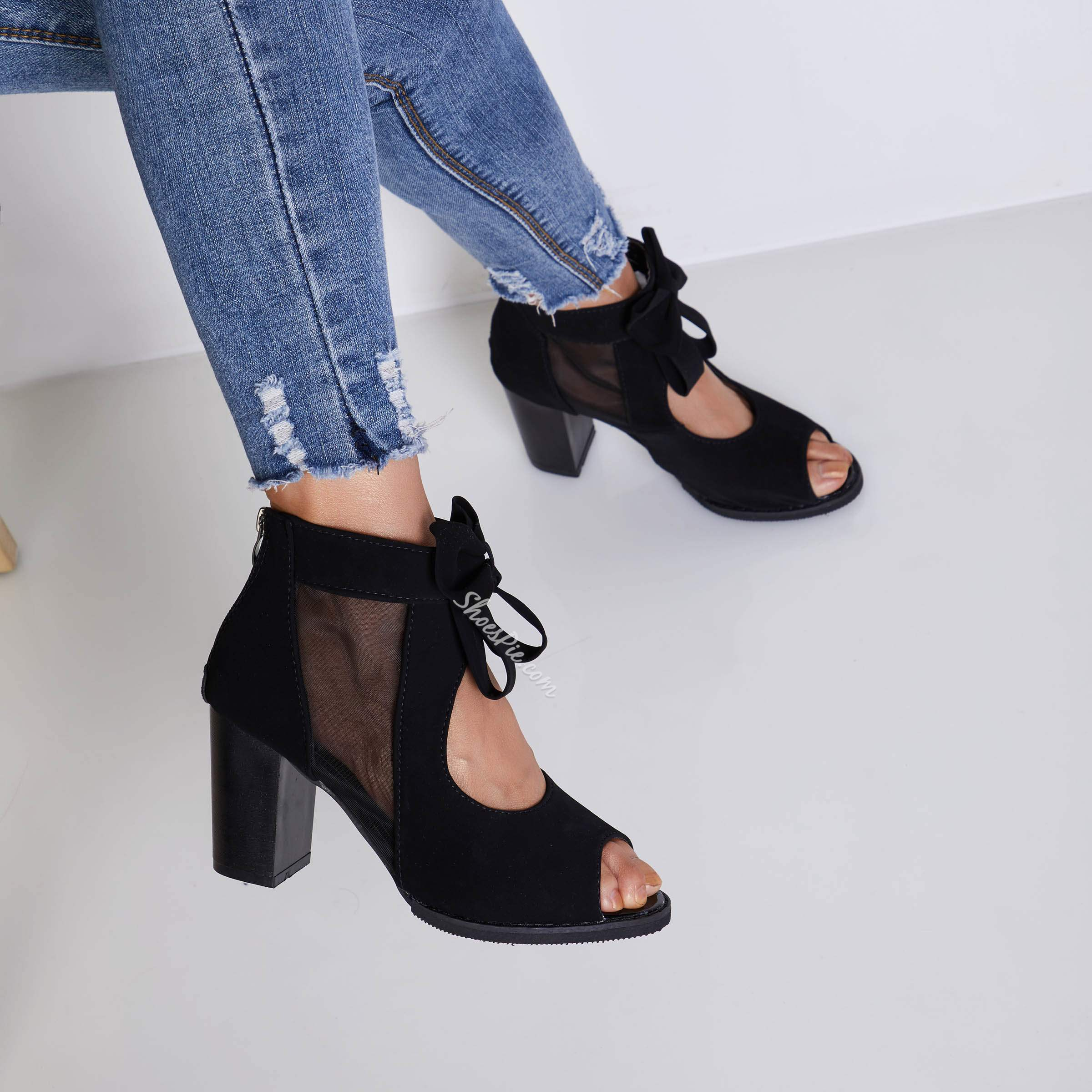 Shoespie Mesh and Bows Middle Heel Sandals
