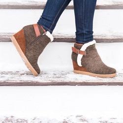 Shoespie Stylish Side Zipper Round Toe Buckle Ankle Snow Boots