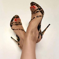 Shoespie Trendy Open Toe Buckle Stiletto Heel Low-Cut Sandals