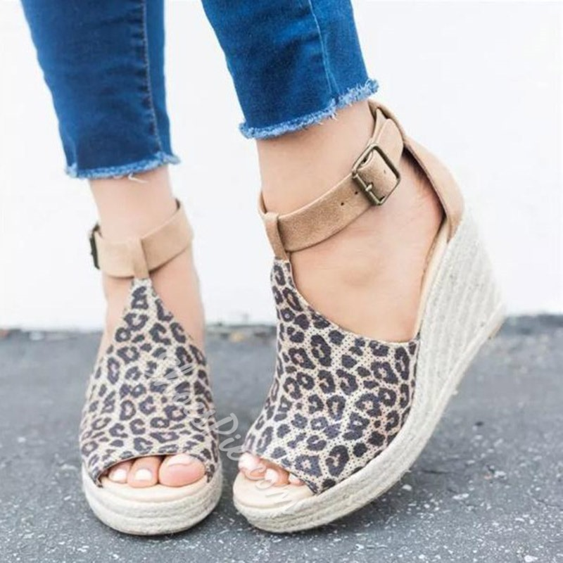 Shoespie Stylish Wedge Heel Buckle Peep Toe Sandals