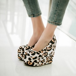 Shoespie Trendy Slip-On Platform Wedge Heels