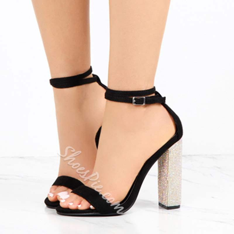 Shoespie Trendy Chunky Heel Open Toe Line-Style Buckle Banquet Sandals