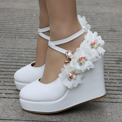 Shoespie Trendy Wedge Heel Appliques Buckle Wedding Bridal Shoes
