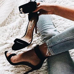 Shoespie Sexy Black Open Toe Heel Covering Stiletto Heel Sandals