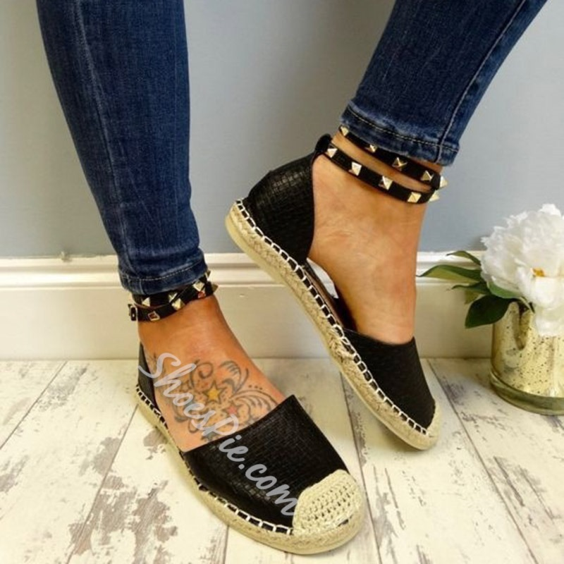 Shoespie Stylish Rivet Block Heel Line-Style Buckle Flat Loafers