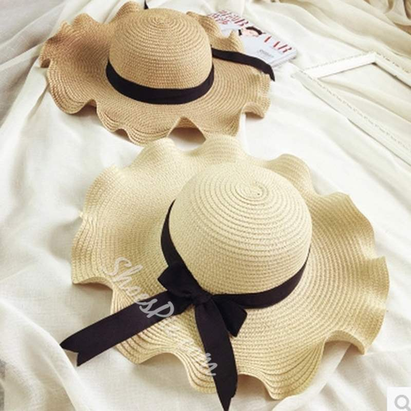 Plain Wave Cut Bowknot Sunscreen Straw Hat