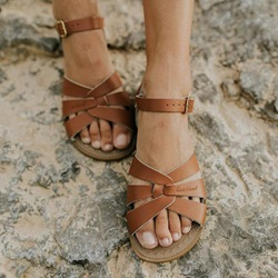 Shoespie Open Toe Flat With Buckle Casual Sandals
