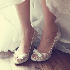 Shoespie Trendy White Stiletto Heel Slip-On Peep Toe Wedding Bridal Shoes