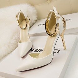 Shoespie Stylish Buckle Pointed Toe Stiletto Heels