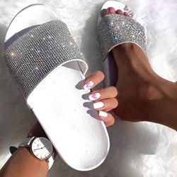 Shoespie Trendy Flat Flip Flop Rhinestone Summer Slippers