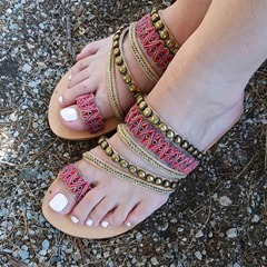 Shoespie Stylish Flat With Toe Ring Beads Ethnic Slippers