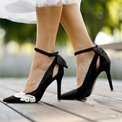 Shoespie Buckle Bowknot Stiletto Heel Pointed Toe Pumps