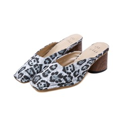 Shoespie Leopard Chunky Heel Casual Slippers