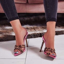 Shoespie Cross Strap Leopard Pink Slippers