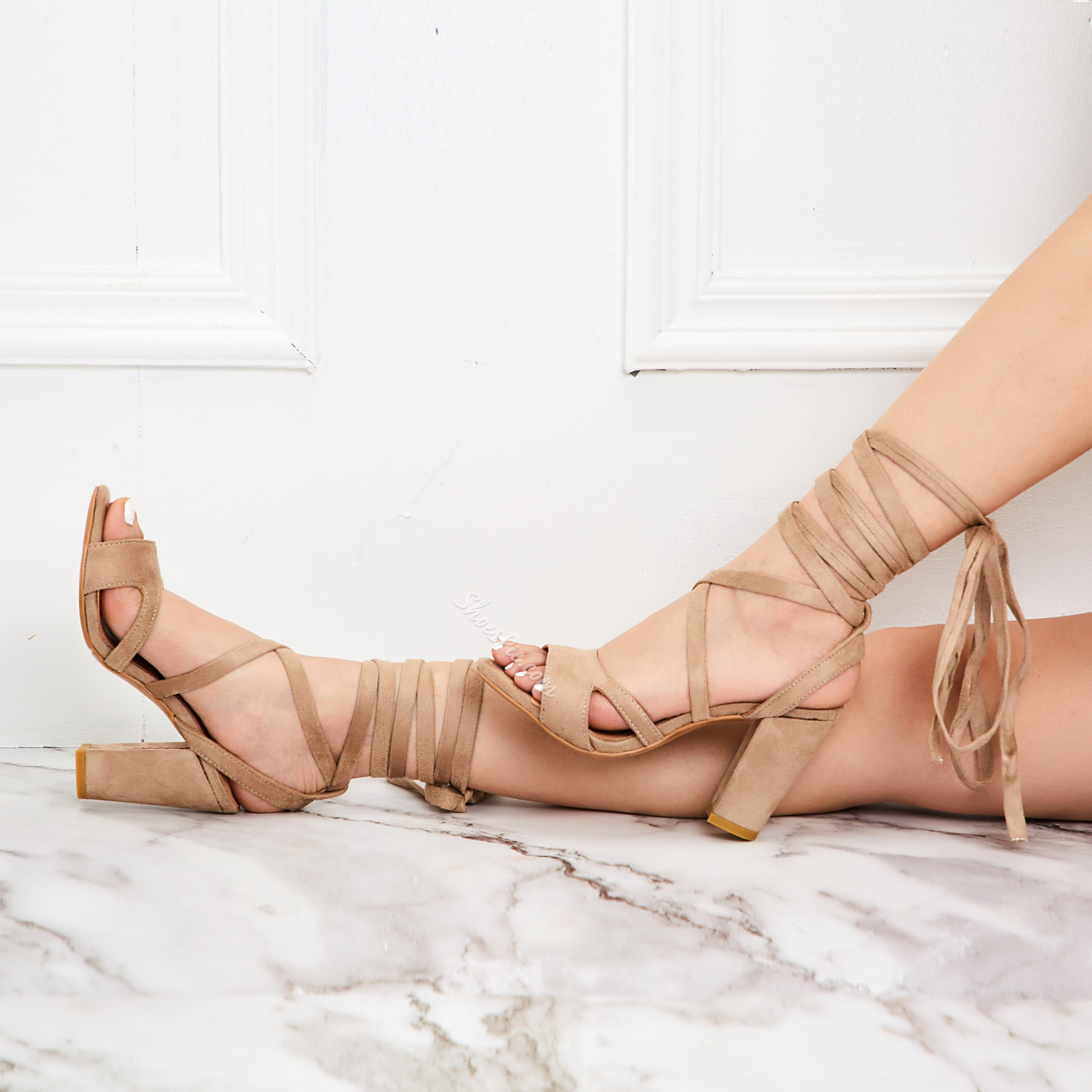 Shoespie Brown Suede Lace Up Strappy Sandals