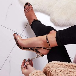 Shoespie Buckle Jelly Stiletto Heel Leopard Sandals