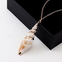 Summer Beach Conch Shape Pendant Necklace