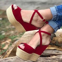 Shoespie Solid Buckle Strap Wedge Heel Sandals