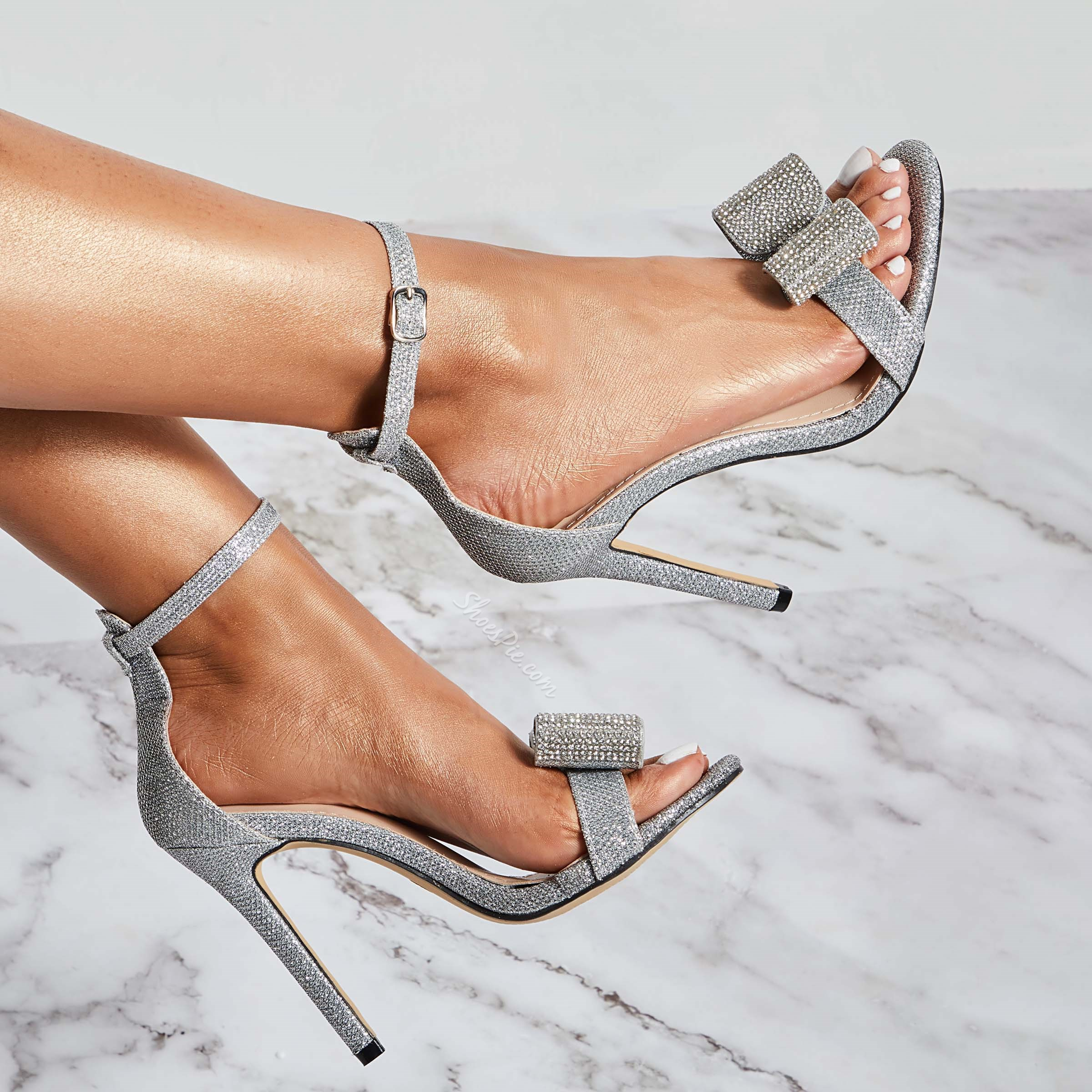 Shoespie Trendy Silver Stiletto Heel Heel Covering Open Toe Dress Sandals