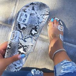 Shoespie Snake Pattern Buckle Clear Flat Sandals