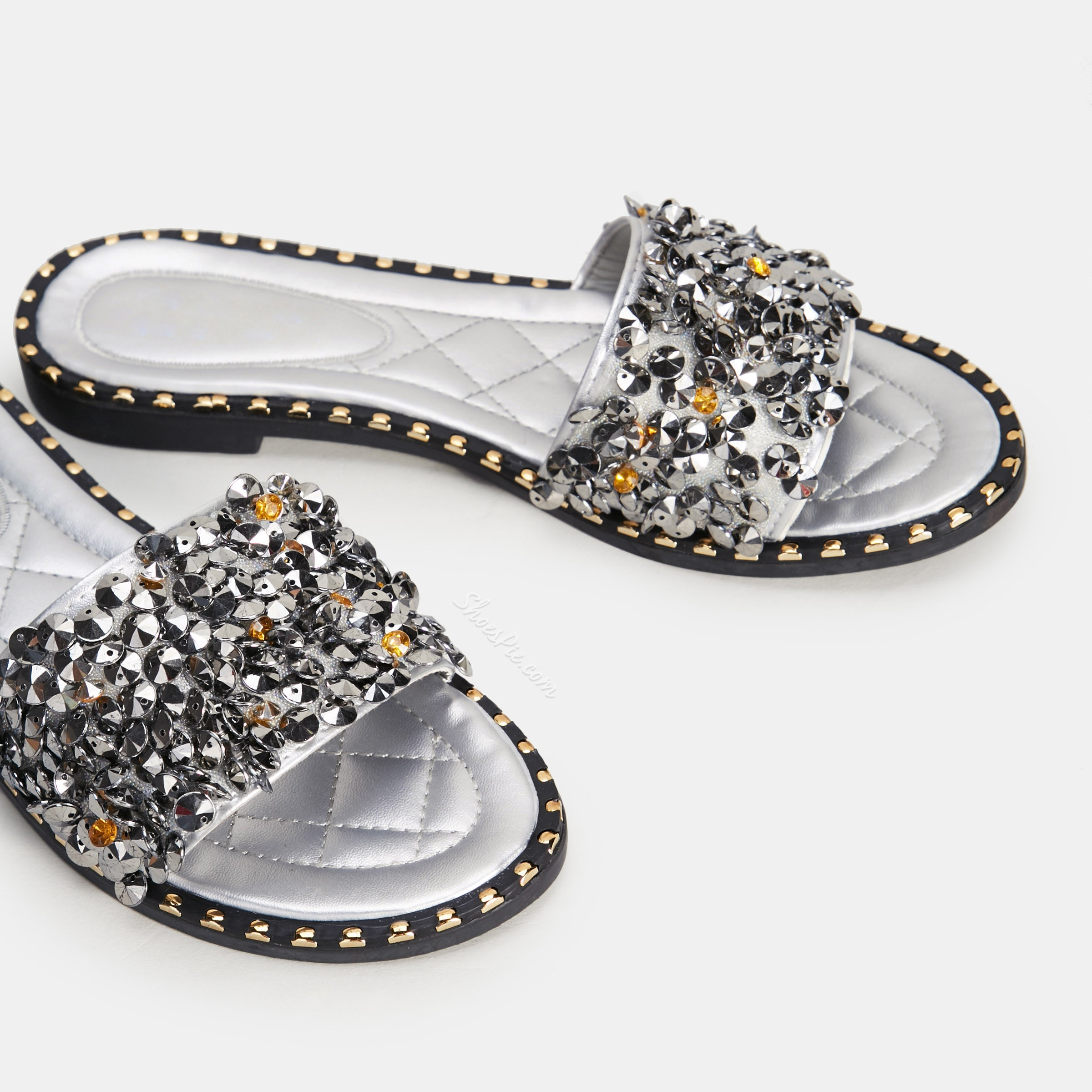 Shoespie Crystal Cute Flip Flop Rhinestone Slip-On Summer Slippers
