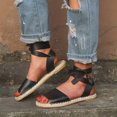 Shoespie Strappy Flat Open Toe Sandals