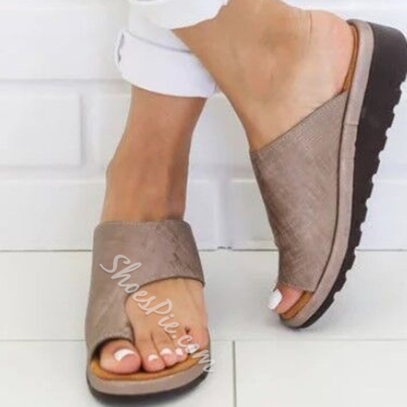 Shoespie Toe Ring Wedge Heel Casual Slippers
