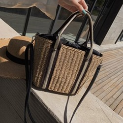 Shoespie Knitted Grass Square Tote Bags