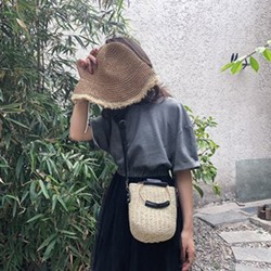 Shoespie Grass Plain Knitted Barrel-Shaped Tote Bags