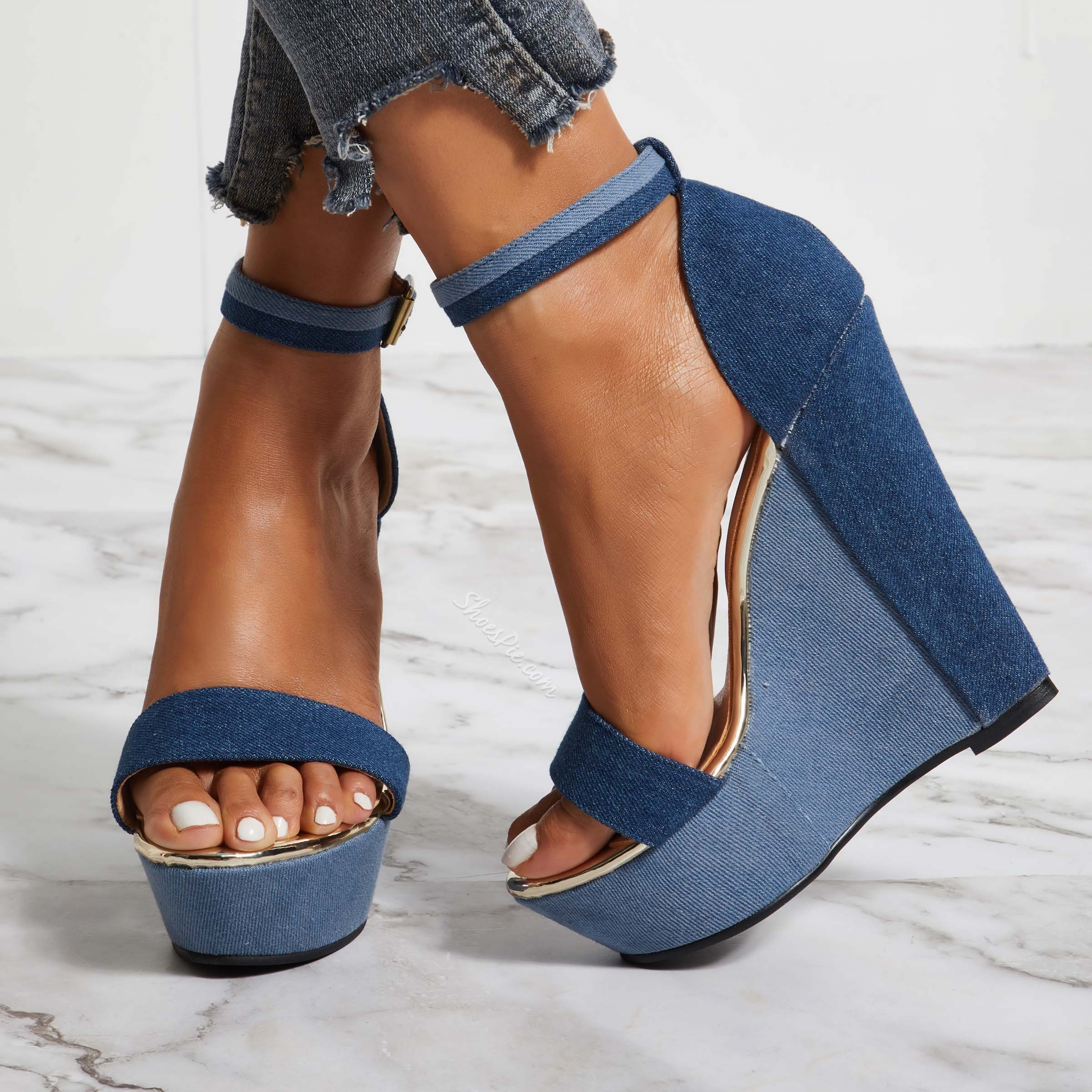 Shoespie Open Toe Metal Buckles Wedge Heels