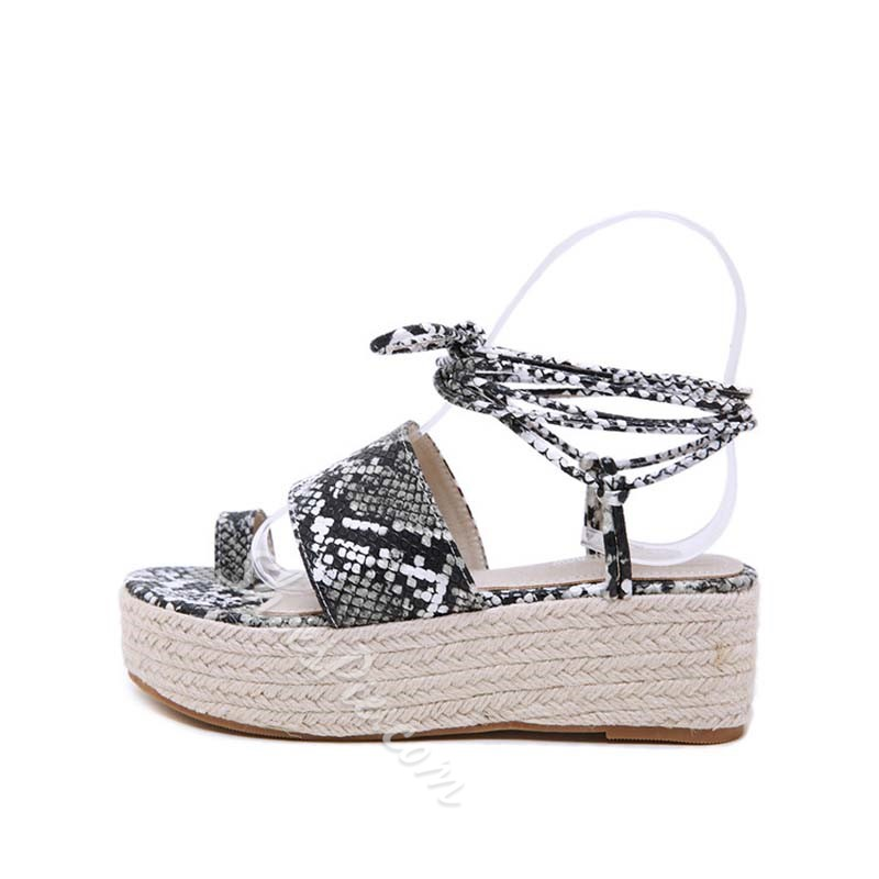Shoespie Toe Ring Wedge Heel Strappy Sandals