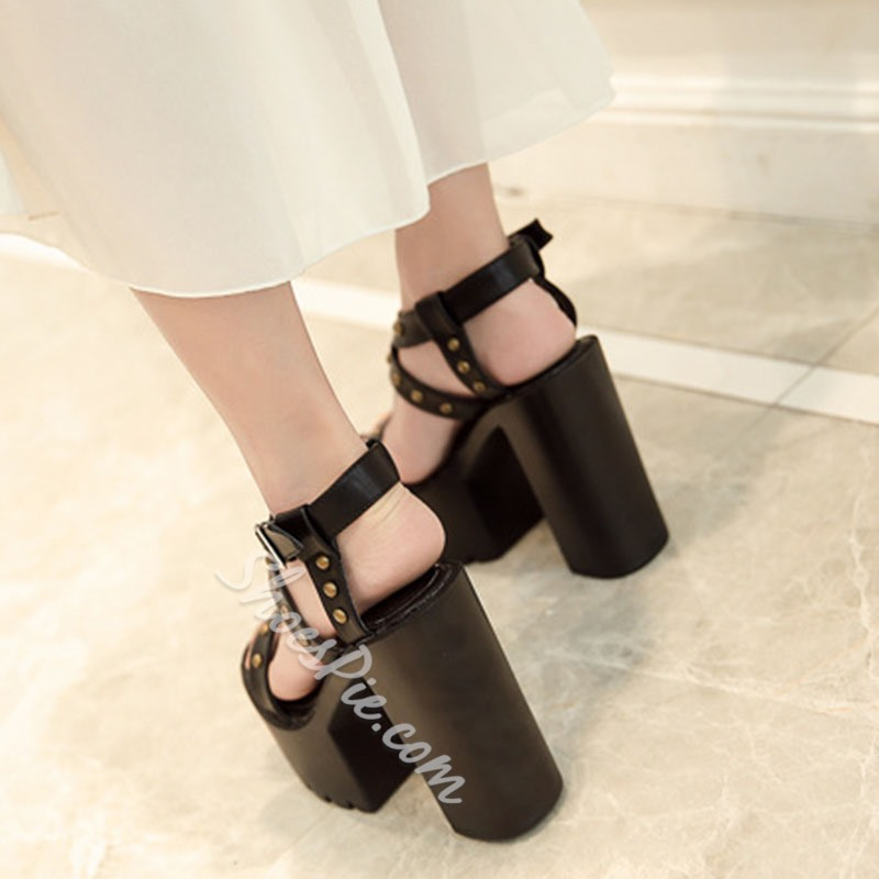 Shoespie Rivet Platform Chunky Heel Buckle Sandals