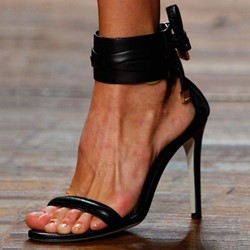 Shoespie Black Stiletto Heel Open Toe Sandals