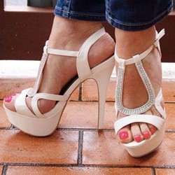 Shoespie Platform White Stiletto Heel Buckle Sandals