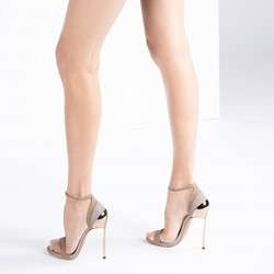 Shoespie Trendy Stiletto Heel Heel Covering Buckle Sequin Sandals