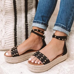 Shoespie Trendy Buckle Wedge Heel Rivet Casual Sandals
