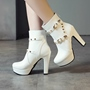 Shoespie Rivet Zipper Chunky Heel Ankle Boots