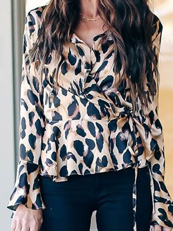Pleated Flare Sleeve Color Block Long Sleeve Women's Blouse