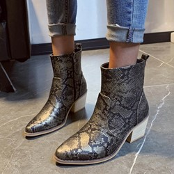 Shoespie Stylish Color Block Side Zipper Pointed Toe Western Boots