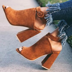 Shoespie Trendy Peep Toe Chunky Heel Buckle Buckle Sandals