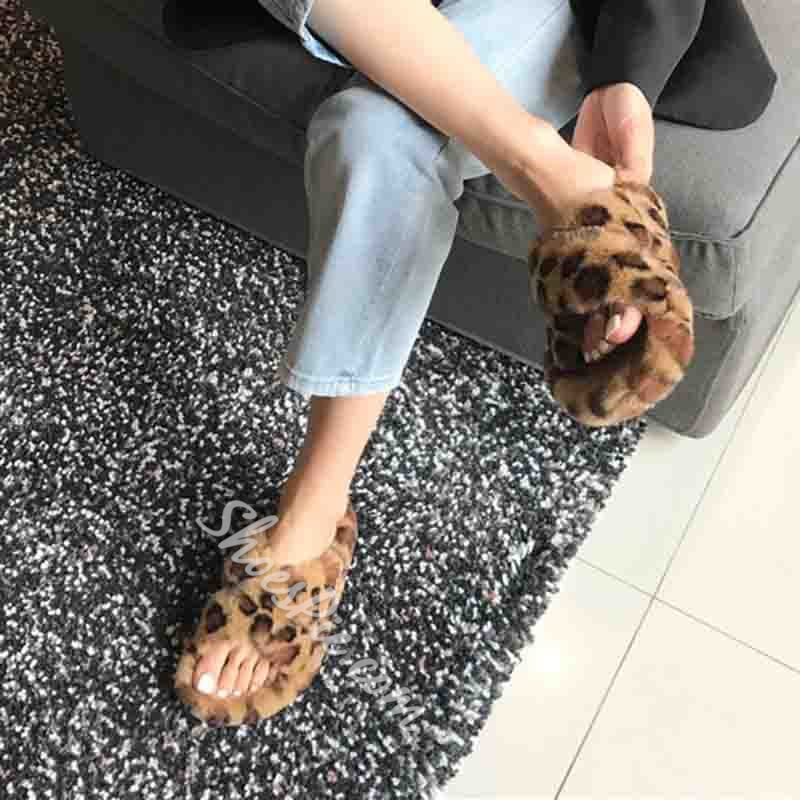 Shoespie Trendy Slip-On Cross Flat With Casual Slippers