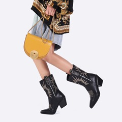 Shoespie Stylish Slip-On Color Block Pointed Toe Thread Boots