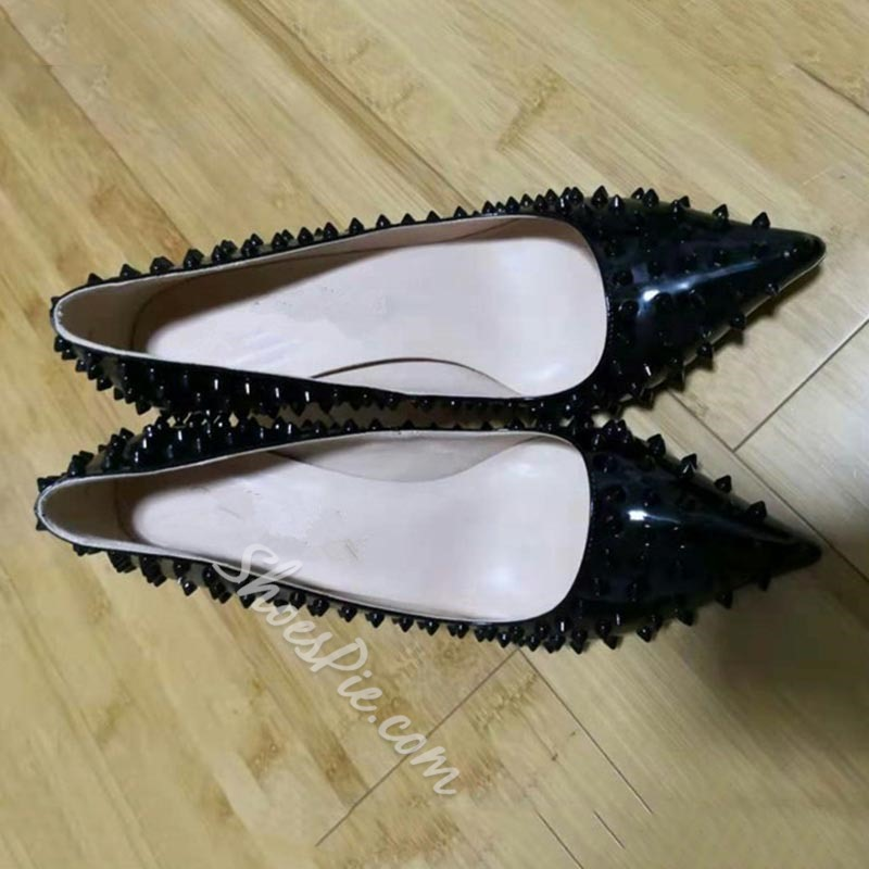 Shoespie Trendy Slip-On Rivet Pointed Toe Casual Thin Shoes