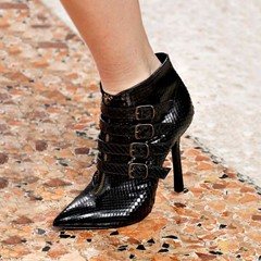 Shoespie Trendy Plain Pointed Toe Front Zipper Casual Boots