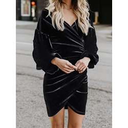 Elegant Black Pleated V-Neck Nine Points Sleeve Pullover Women's Dress