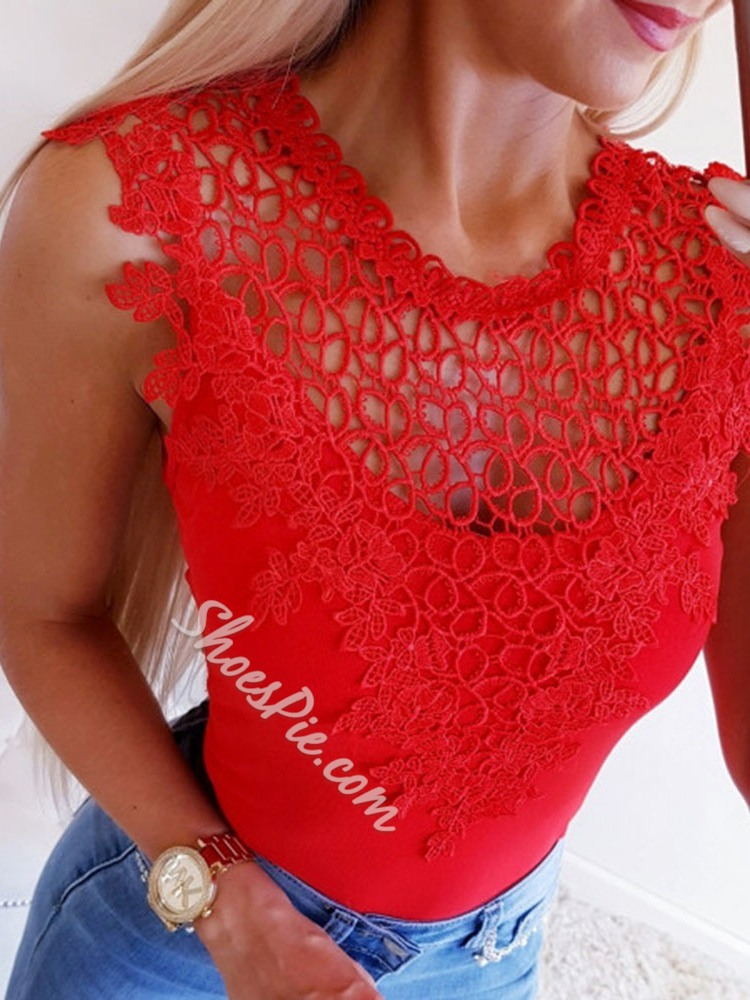 Red Lace Sleeveless Hollow Women's Tank Top